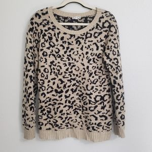 Kirra leopard print knit light weight sweater M